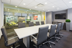 Columbus Meeting Room seats 10 people comfortably and includes HDTV, Internet access